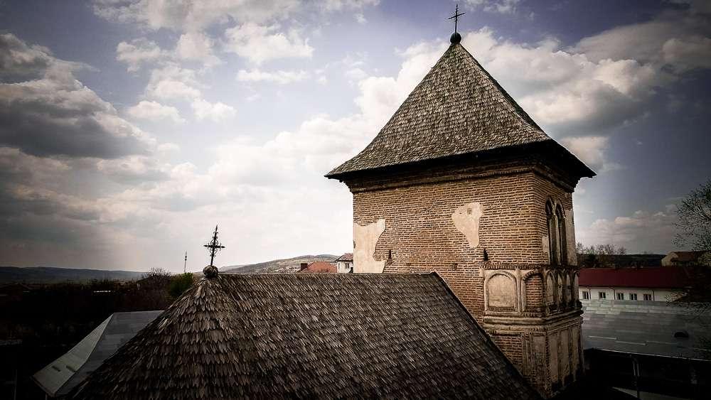 manastir-strehaia-romania4-new