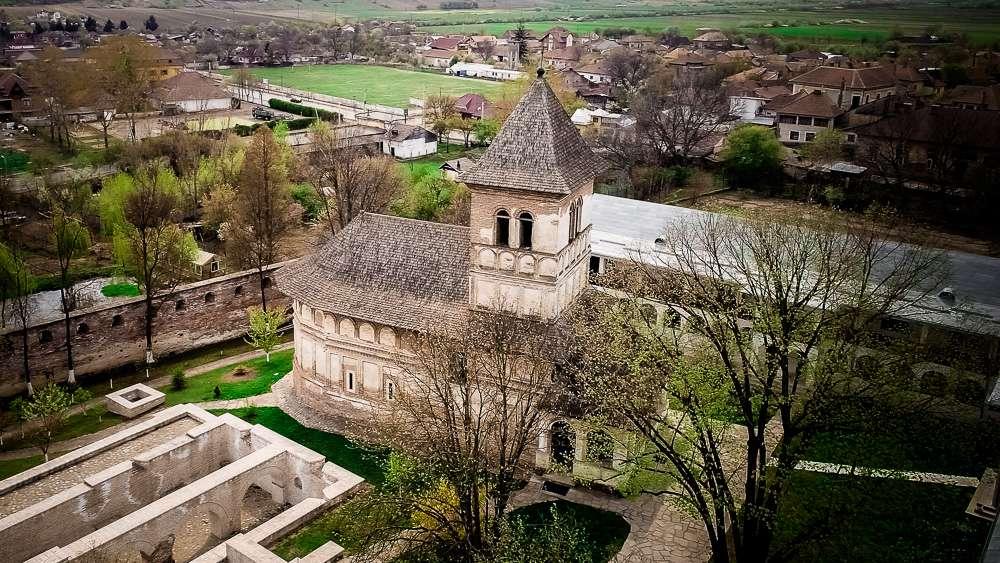 manastiri (1 of 6)