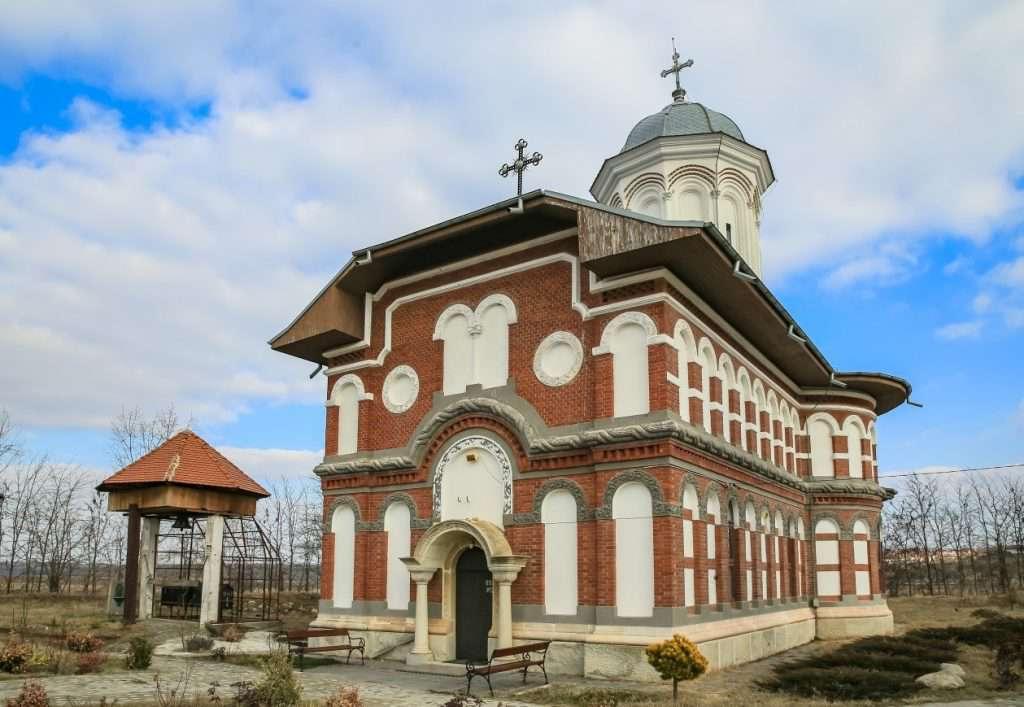 manastir-sadova-craiova-oblast-dolzh-1024×707